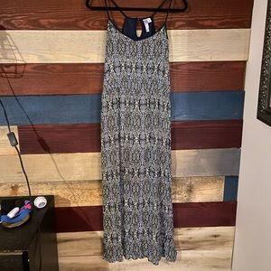 Alya Maxi dress!